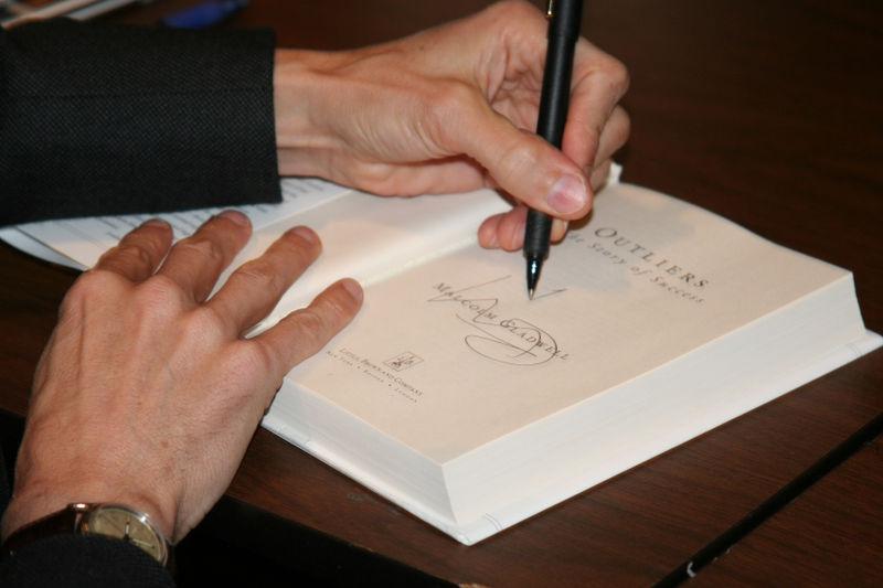 Gladwell Signs AWSM