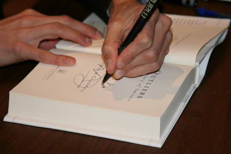 Gladwell Signs HDYST
